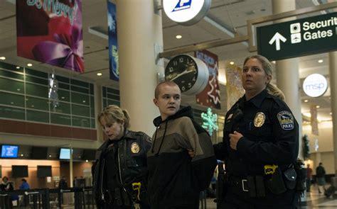 black lives matter protest  mall  america al jazeera
