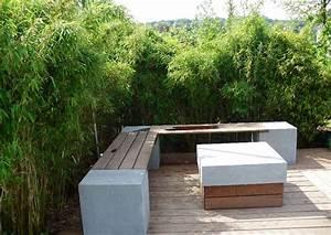 Sitzplatz im garten bambus als sichtschutzhecke for Feuerstelle garten mit balkon absturzsicherung katzen
