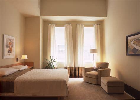 Scorpio lebih menyukai estetika yang rapi dan bersih, desain interior jepang cocok untuk mereka. Foto Desain Kamar Tidur Romantis Minimalis Simple Terbaik   Desain Rumah Minimalis Terbaik