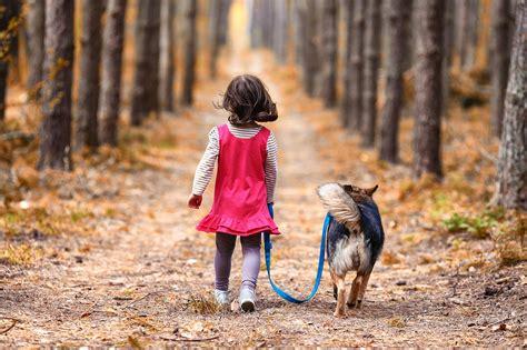 Piemērotas suņu šķirnes ģimenei ar bērniem - kuras tās ir?