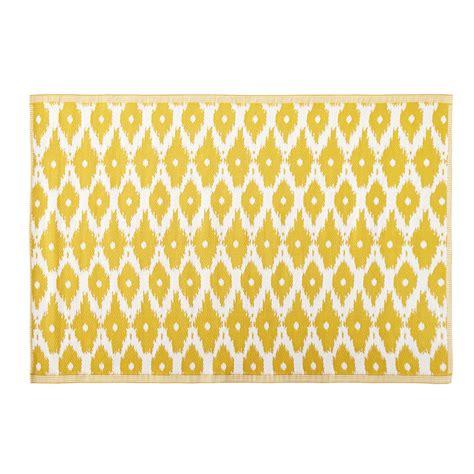 Outdoor Teppich Gelb by Outdoor Teppich Gelb Mit Wei 223 En Grafikmotiven 140x200