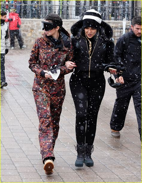Kendall u0026 Kylie Jenner Snapchat From Snowboards on Family Trip | Photo 952080 - Photo Gallery ...