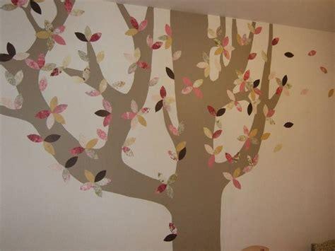 chambre dans un arbre un arbre pousse dans sa chambre déco d 39 enfant