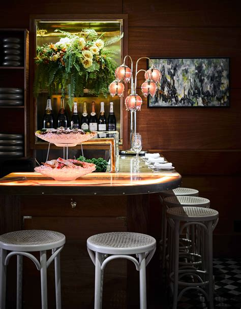 Oyster Bar Outstanding Interior Decor by An Oyster Bar With Outstanding Interior D 233 Cor Decoholic