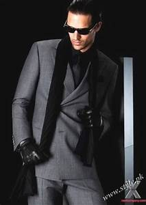Versatility in the Shape of Armani Suits for Men Latest ...