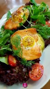 Salat Mit Geräuchertem Lachs : avocado gef llt mit ger uchertem lachs und ei deli gesund kochen gesund leben ~ Orissabook.com Haus und Dekorationen