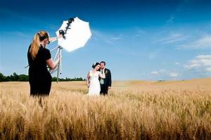 How to become a wedding photographer diy photography for Wedding photographer assistant