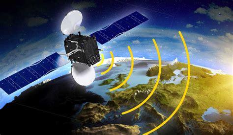 ukrainian channels broadcast   satellites
