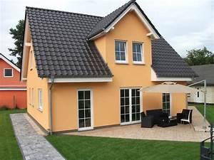 Häuser In Deutschland : musterh user in deutschland klassisch h user sonstige von town country haus ~ Eleganceandgraceweddings.com Haus und Dekorationen