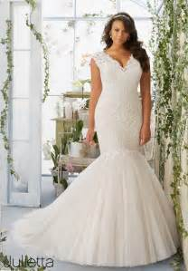 wedding dresses for curvy figures plus size wedding gown of the day new julietta collection by mori pretty pear