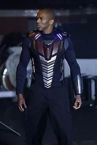 Deathlok Looks Closer To Comics On 'Agents Of S.H.I.E.L.D.'