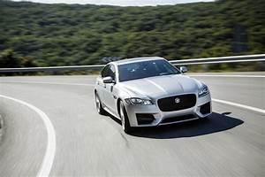 Essai Jaguar Xf : essai jaguar xf 2015 le test de la version diesel de 180 ch photo 8 l 39 argus ~ Maxctalentgroup.com Avis de Voitures