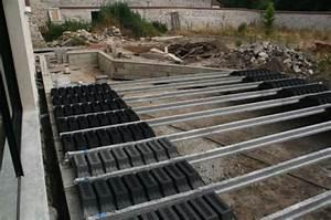 construction d une terrasse en bois hauteur sur sol b ton With construction d une terrasse en beton