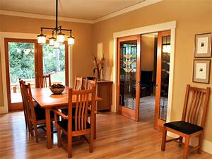 Craftsman Bungalows with Classic Exteriors and ...