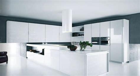 cuisine futuriste cuisine design ou la magie du blanc design feria
