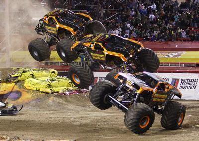 monster truck show in las vegas monster jam pictures 2014 advance auto parts monster jam