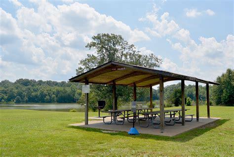parks with picnic tables near me picnic pavilions memphis tn shelby farms park