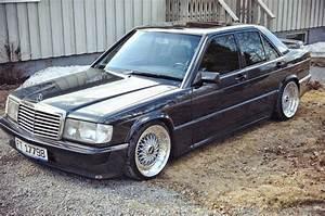Mercedes 190 E : best 25 mercedes benz 190e ideas on pinterest old mercedes mercedes benz 190 and mercedes ~ Medecine-chirurgie-esthetiques.com Avis de Voitures