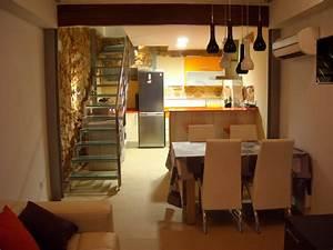 Planta baja Cocina comedor y escalera