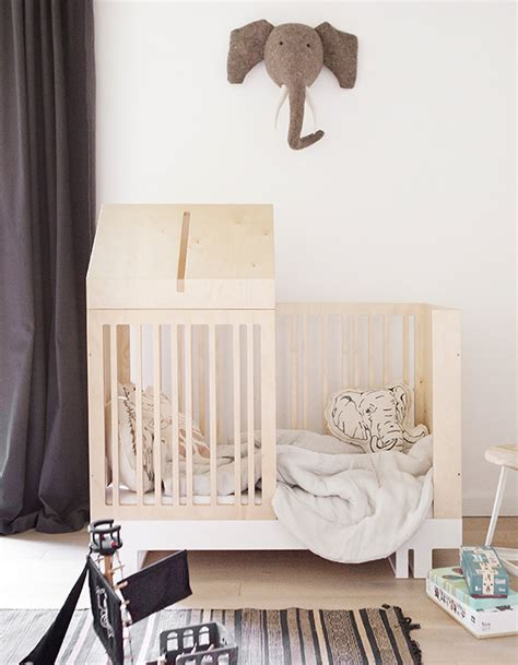 lit pour chambre craquez pour un lit cabane dans la chambre d 39 enfant