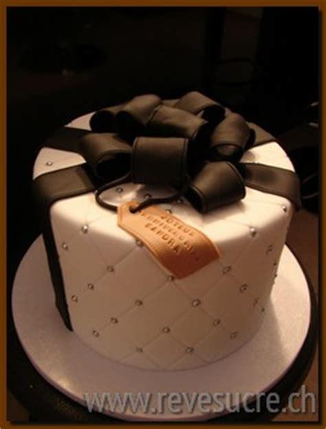 gateau anniversaire pate a sucre adulte g 226 teau d anniversaire personnalis 233