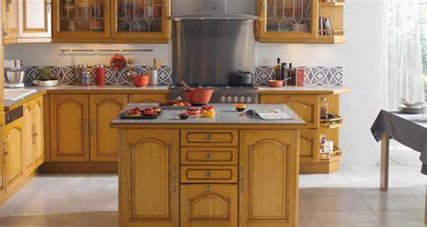 modele de table de cuisine en bois modèle cognac cuisine en bois massif photo 2 10