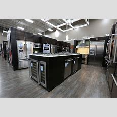 Best Buy Refreshes All Chicagoland Stores With Revamp And