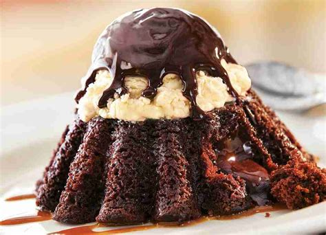chocolate lava cake  dessert darling  dominos side