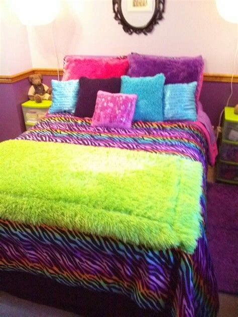 Rainbow Zebra Print Bedroom Decor by 1000 Ideas About Zebra Bedding On Zebra