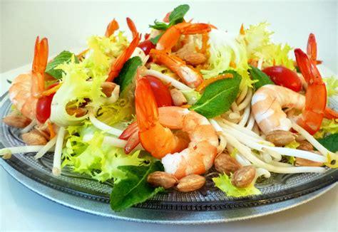 recette de cuisine asiatique salade de crevettes au wasabi la recette facile par toqués 2 cuisine