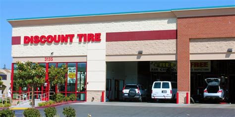 Tire Safety Check With Discount Tire