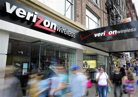 Verizon Wireless sells out customers with creepy new ...