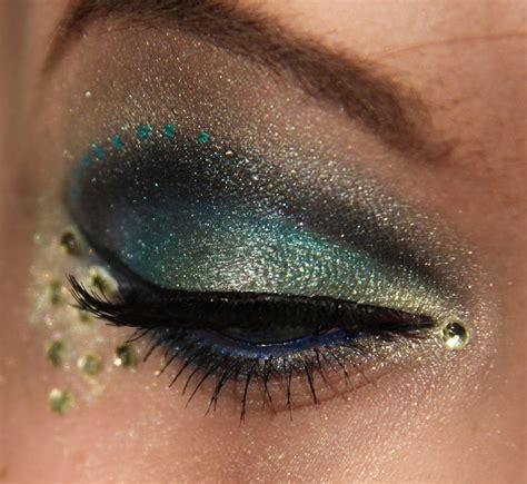 peacock feather inspired eye makeup  fashionsycom