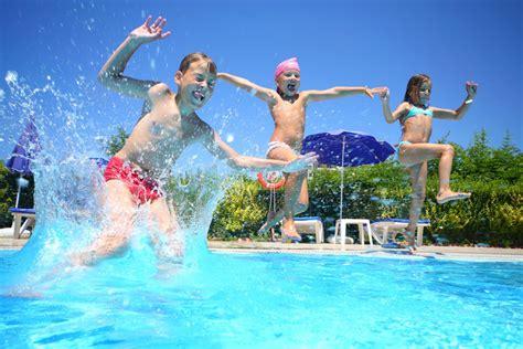 spiele für den urlaub erwachsene spiele und bastelideen f 252 r den urlaub spiele im wasser