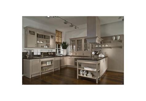 cuisine blanche et inox cuisine blanche et inox 4 cuisine cottage blanc sur