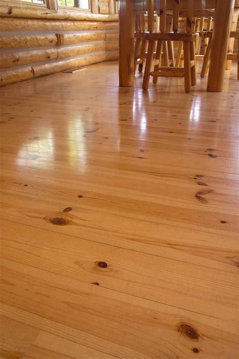 Wide Plank Knotty Pine Laminate Flooring