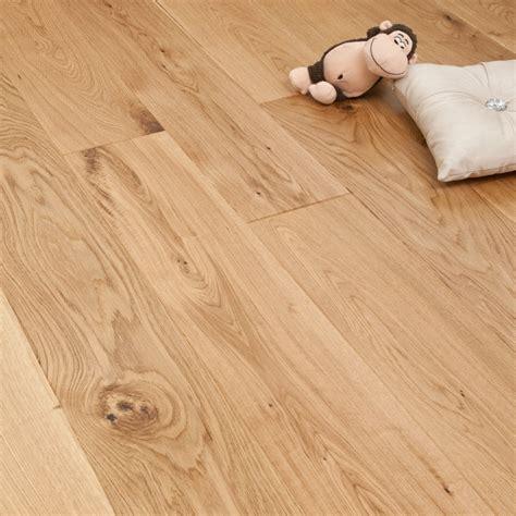 click oak flooring smart choice click engineered oak flooring 14 2 5mm x 180mm matt lacquered 1 37m2 engineered