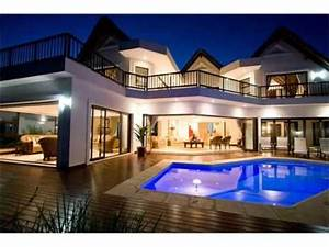 Image Gallery huge houses pools