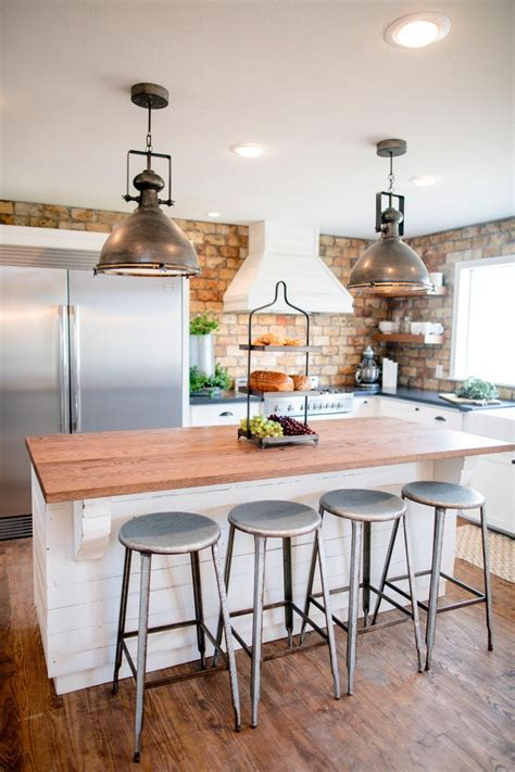 Island lighting for the kitchen!   HGTV's Fixer Upper With
