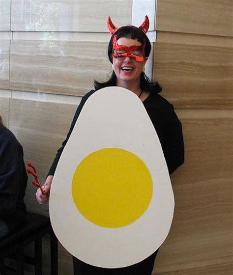 worstbest pun based halloween costumes holidays someecards