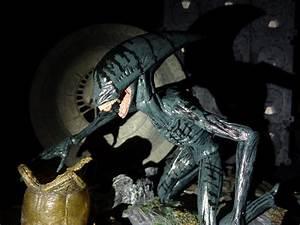 Image Gallery neca deacon alien