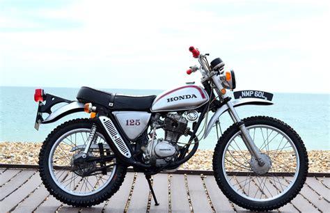 classic honda kawasaki gpz600r the forgotten superbike classic