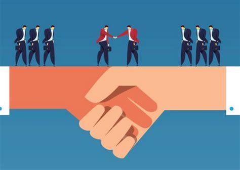 leaders build trust lolly daskal leadership