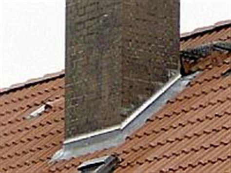 schornstein dachdurchführung abdichten reparaturen richter dachbeschichtung
