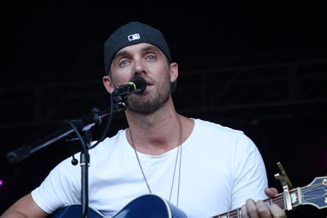 Brett Young Exudes Passion In His Self-titled Ep