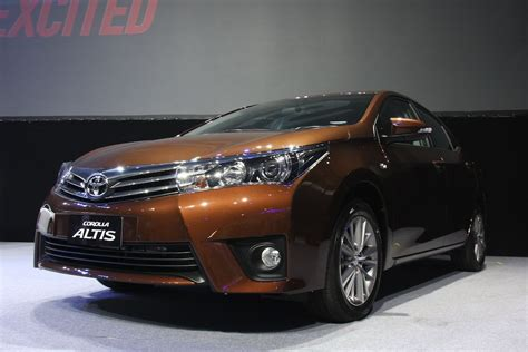Toyota Corolla Altis Backgrounds by All New Toyota Corolla Altis Background Wallpaper Hd