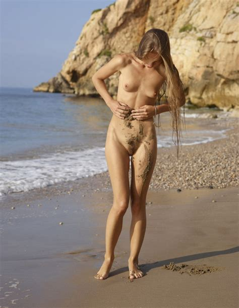 Young Skinny Babe With Hairy Pussy Walks Naked On The Beach Russian Sexy Girls Sar Ru