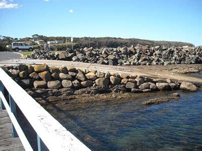 Boat Shop Ulladulla ulladulla harbour boat r nsw boat rs on