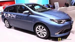 Toyota Auris 2015 : 2016 toyota auris touring sports lounge diesel exterior interior walkaround 2015 geneva motor ~ Medecine-chirurgie-esthetiques.com Avis de Voitures