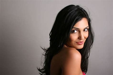 Advantages Of Black Hair by Discover The Myriad Advantages Of Using Hair Serum For